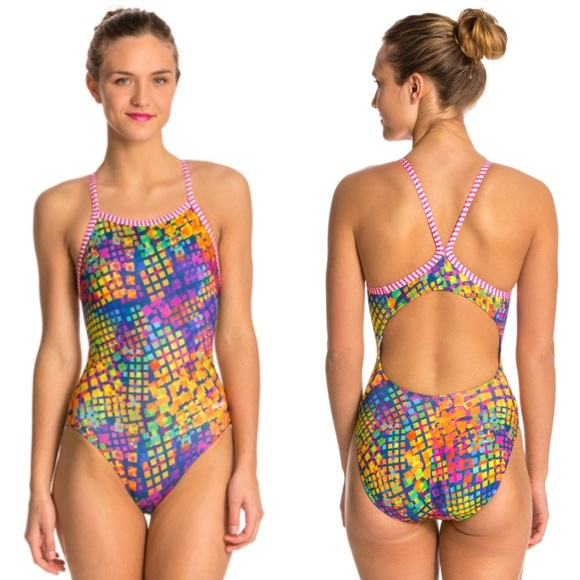 e845a8f34d547 NWT Dolfin Uglies Swimsuit – Pixie